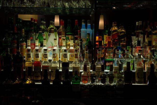 alcohol-857380_1920
