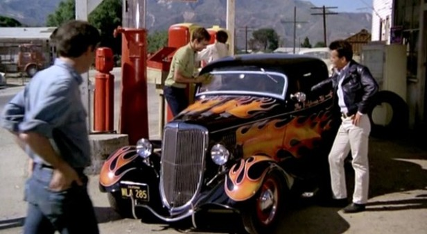 1974-The-California-Kid-1934-Ford-V8-Deluxe-3-window-Coupe-40-720-640x351