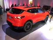 2019-chevrolet-blazer-rs-exterior-live-reveal-006