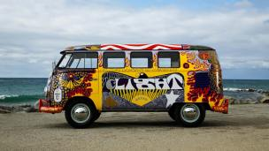 Volkswagen-Woodstock-Light-Bus-Recreation-003
